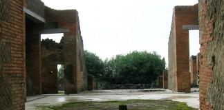 Casa dei mosaici geometrici