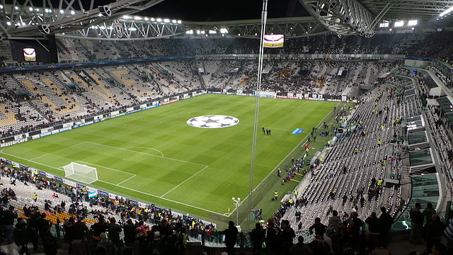 Juventus Stadium, fonte Di forzaq8 from kuwait, kuwait - before the start, CC BY 2.0, https://commons.wikimedia.org/w/index.php?curid=36923535