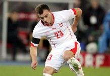 Shaqiri fonte foto: Di Steindy (Discussione) 17:35, 25 November 2015 (UTC) - Opera propria, CC BY-SA 3.0, https://commons.wikimedia.org/w/index.php?curid=45241256