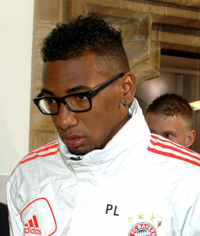 Jérôme Boateng, fonte By Foto:Harald Bischoff/, CC BY-SA 3.0, https://commons.wikimedia.org/w/index.php?curid=27212715