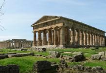 Scavi archeologici di Paestum