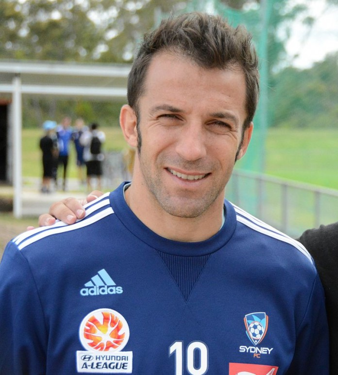 Alessandro Del Piero, fonte Di http://www.flickr.com/people/petenowakowski/ - http://www.flickr.com/photos/petenowakowski/11846470354/, CC BY 2.0, https://commons.wikimedia.org/w/index.php?curid=38425957
