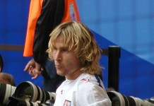 Pavel Nedved, fonte By Photo by Olaf NordwichCropped by Danyele - Flickr (original photo), CC BY-SA 2.0, https://commons.wikimedia.org/w/index.php?curid=44489005