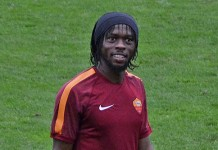 Gervinho, ex giocatore della Roma, fonte By Photo by romazoneCropped and retouched by Danyele - DSC_0725_gervinho (original photo), CC BY 2.0, https://commons.wikimedia.org/w/index.php?curid=47767671