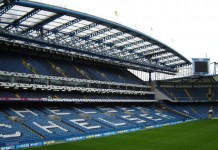 Stamford Bridge, stadio del Chelsea, fonte By James Bentall, CC BY-SA 2.0, https://commons.wikimedia.org/w/index.php?curid=2914295