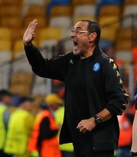 Maurizio Sarri fonte foto: Di Football.ua, CC BY-SA 3.0, https://commons.wikimedia.org/w/index.php?curid=51408605