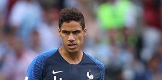 Raphaël Varane, fonte By Антон Зайцев - https://www.soccer.ru/galery/1056072/photo/734535, CC BY-SA 3.0, https://commons.wikimedia.org/w/index.php?curid=70414491