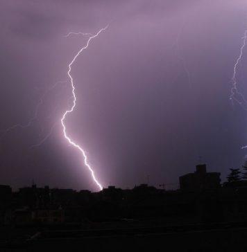 Temporale, allerta meteo Napoli