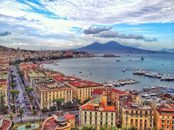 Napoli, fonte Flickr