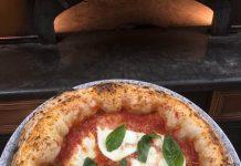 Pizza Margherita, pizzeria Da Clara