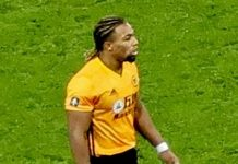 Adama Traore, fonte By Bex Walton from London, England - Wolves vs Man U, CC BY 2.0, https://commons.wikimedia.org/w/index.php?curid=86253736