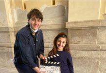 La piccola promessa del cinema Aurora Guarino riceve la prima comunione